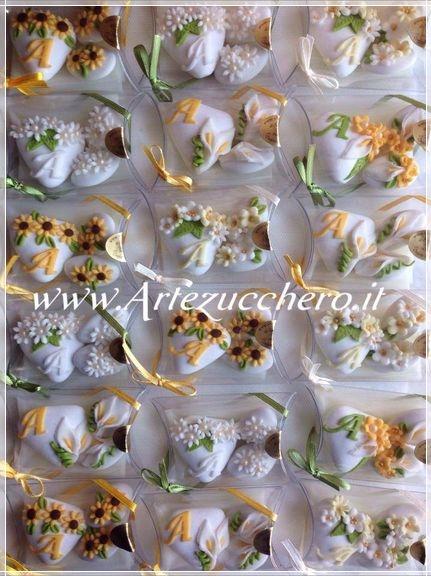 Bomboniere Matrimonio Pasta Di Zucchero.Gallery Confetti Decorati Pasta Di Zucchero Idee E Bomboniere