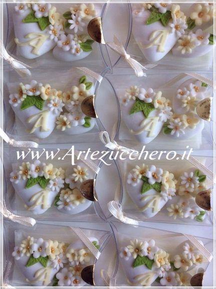 Gallery confetti decorati pasta di zucchero idee e - Decorazioni per cresima ...